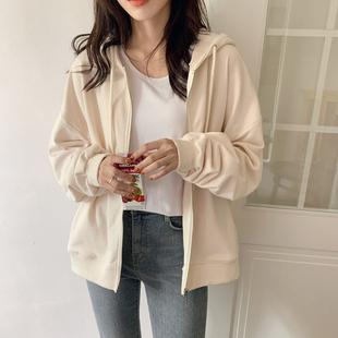 奶黄色连帽开衫外套女2021春秋季韩版白色薄款卫衣女学生休闲上衣