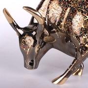 动物家居造型装饰品工铜器精雕巴基斯坦酒店动物斗牛漆彩