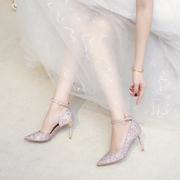 婚鞋女冬季结婚礼服伴娘新娘鞋绑带年会高跟鞋细跟亮片水晶婚纱鞋