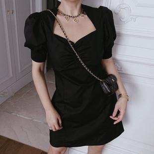 陈姑娘 上身纸片人法式复古方领泡泡袖收腰显瘦连衣裙优雅小黑裙