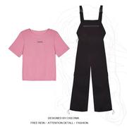 大码女装微胖穿搭胖妹妹mm韩系粉色宽松T恤+减龄背带裤显瘦套装潮