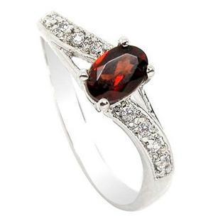 韩版优雅时尚 红色水晶 天然石榴石戒指 女戒 925纯银首饰品 礼物