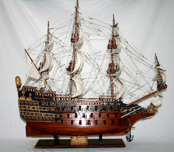 Декоративный корабль   LE SOLEIL ROYAL (60CM)