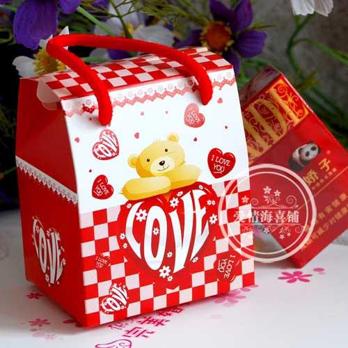 ◎爱情海喜铺◎ 喜糖盒 创意 大号 love小熊手提 特价