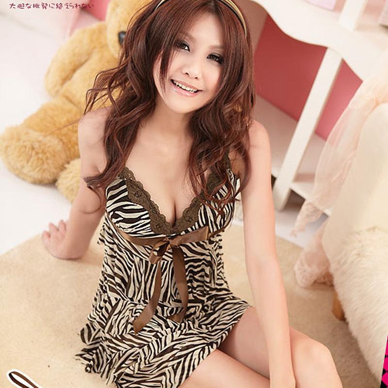 Ночная рубашка Maiti Chinese Yuan 1097 Вискозное волокно Из кружевного материала V-образный вырез Лето