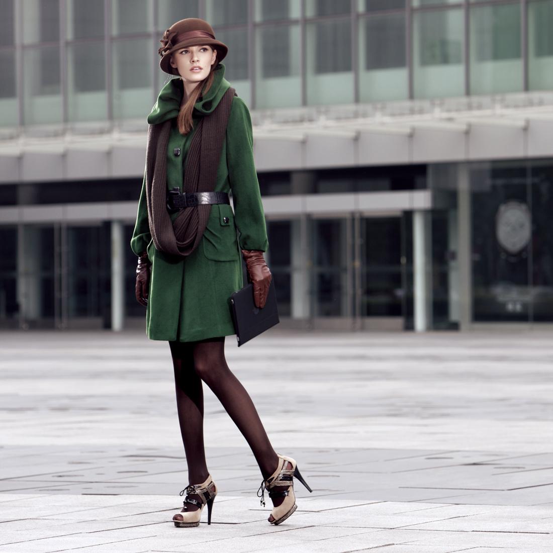 женское пальто Own's 02104060 Длинная модель (80 см<длина изделия ≤ 100 см) Own's / one-man show Длинный рукав Классический рукав
