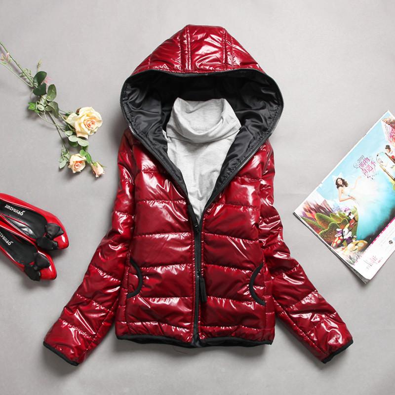 2011秋冬新款 女装韩版亮皮防水女保暖连帽棉衣外套