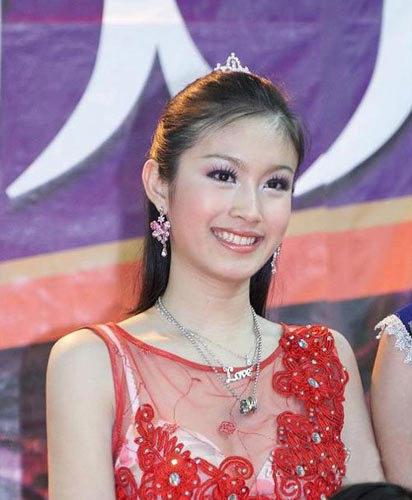 """女人 泰国人妖/泰国""""人妖皇后""""的绝美照片!比女人还女人噢~"""
